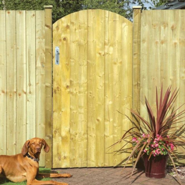 Arched Feather Edge Gate
