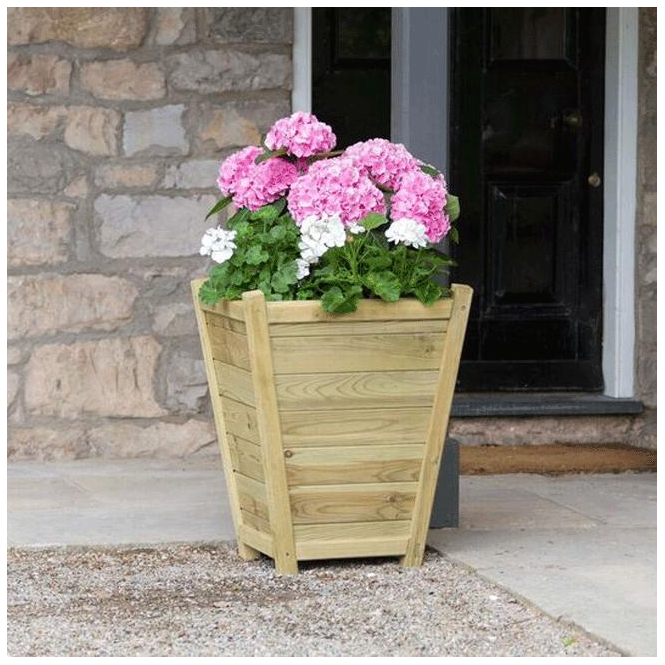 Click to view product details and reviews for Eaton Planter.
