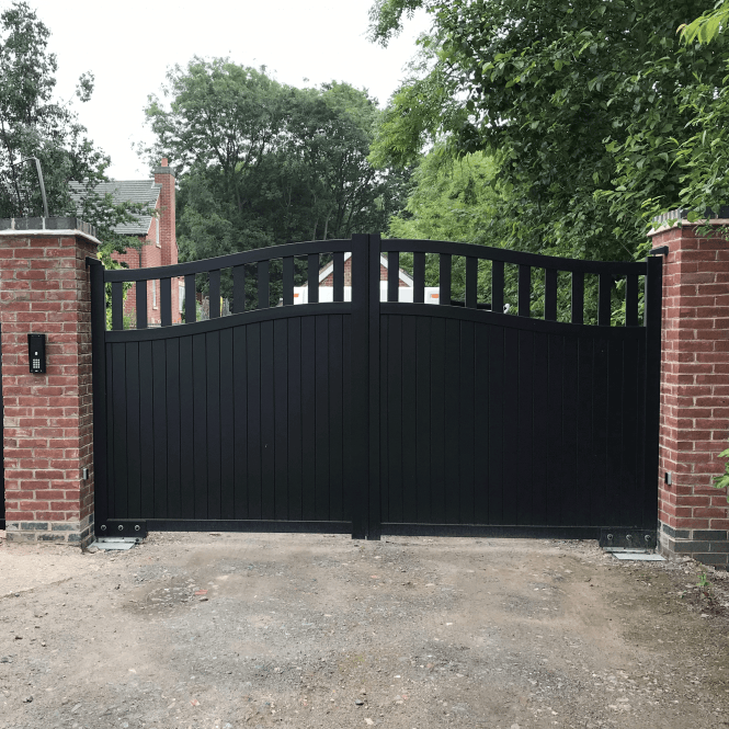 Click to view product details and reviews for Radlett Aluminium Driveway Gate.